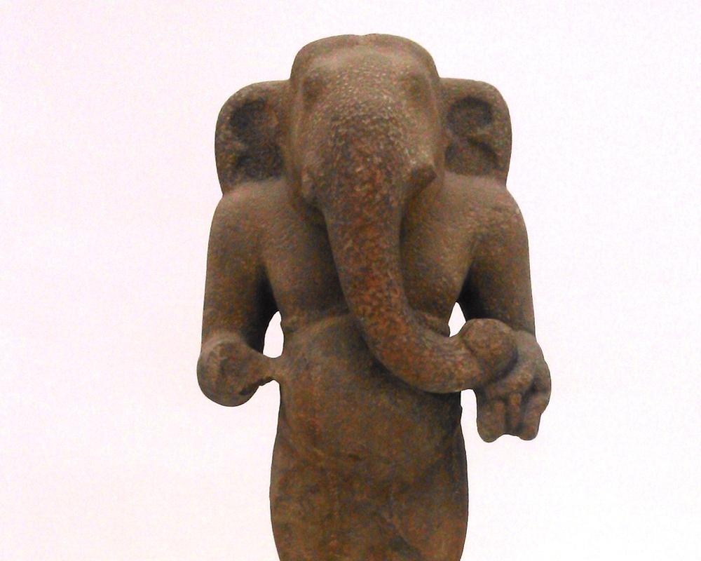 hombroich-elefant.jpg